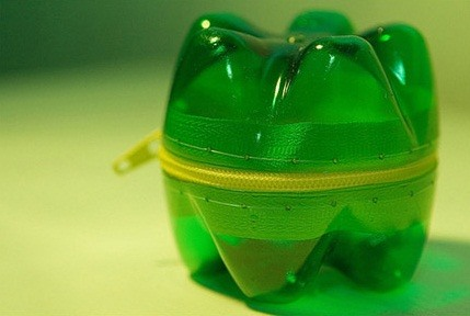Bottles + Zippers = Cute DIY Pac-Man Monster Containers