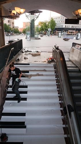 Play Chopsticks on the Subway Stairs