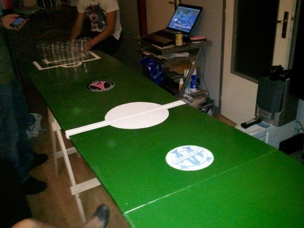 Homemade beer pong table - Image Via Instructables
