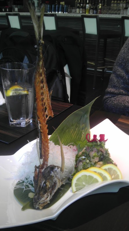 Dramatic sushi presentation