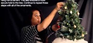 Decorate your Christmas tree in ten easy steps