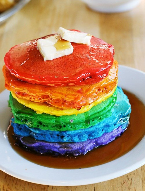 Brighten Up Your Breakfast with These Rainbow-Colored Pancake and ...
