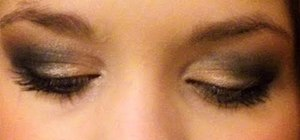 Create a sultry smoldery smokey eye with makeup