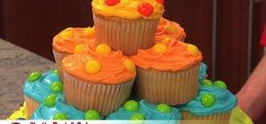 Make a polka dot birthday party cake