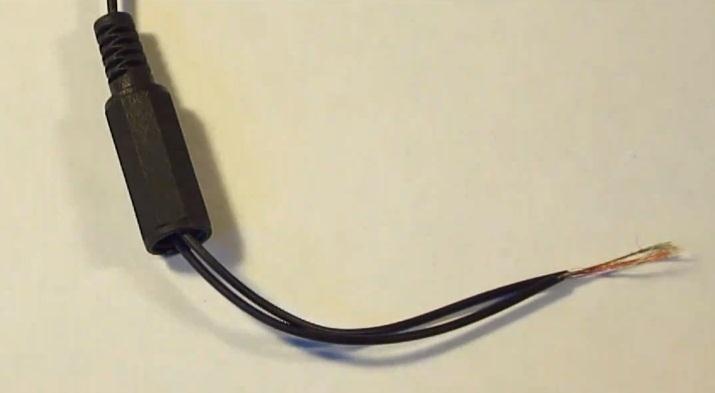 How to Repair or Replace Your Broken Headphone Jacks