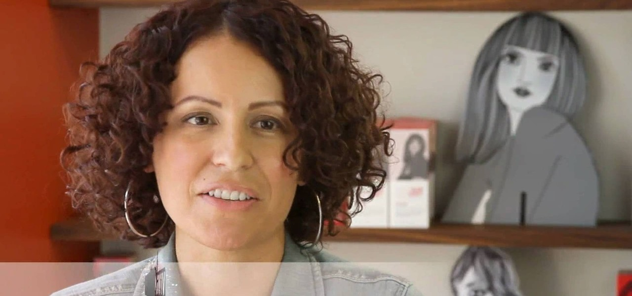 How To Add Bounce And Shine To Your Curly Bob With HerCut