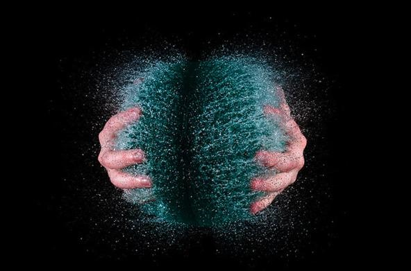 Brain-Defying Explosive Balloon Photography