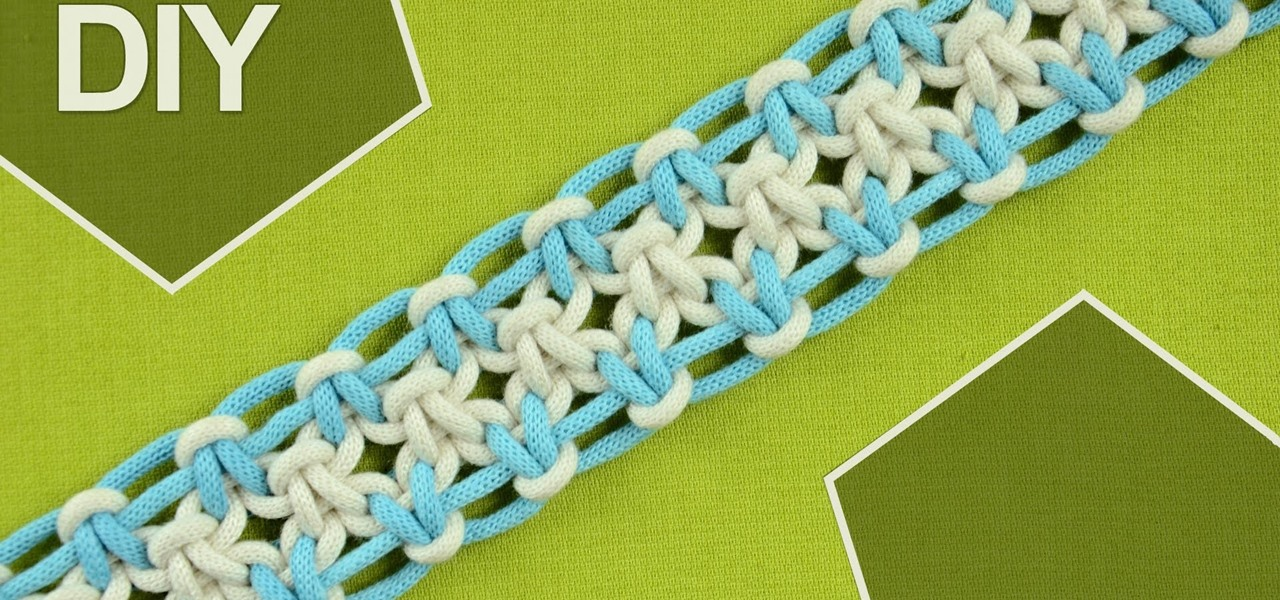 Tie a Square Knot with Eight Strings