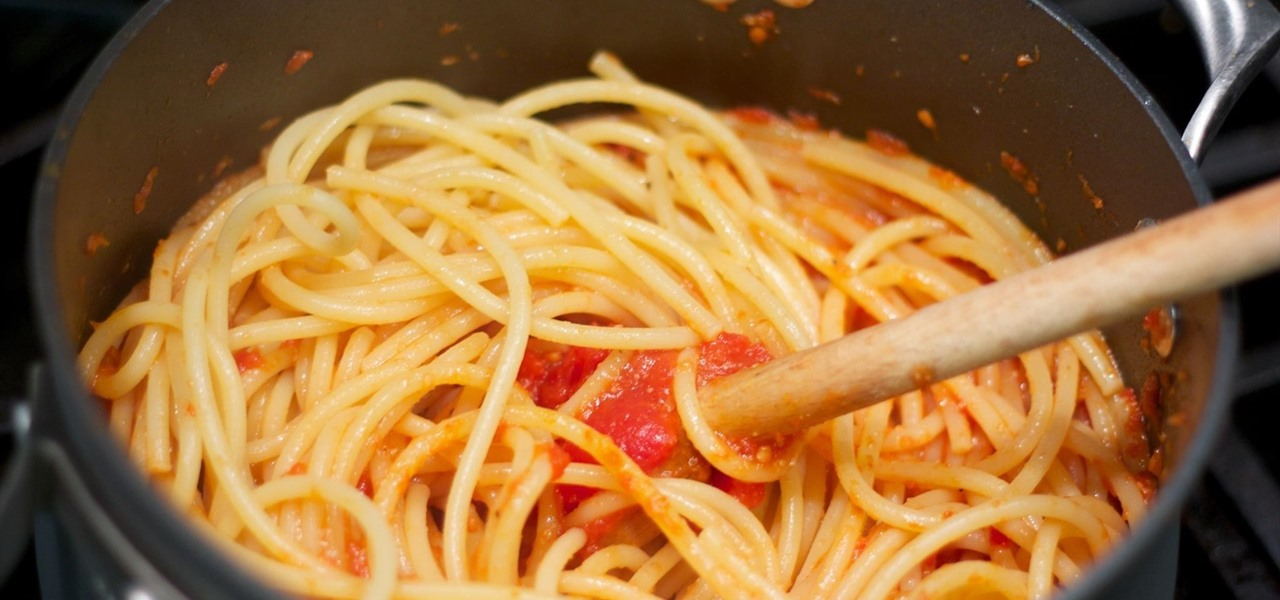 Make Your Pasta Even Better by Throwing It in the Sauce Before Serving