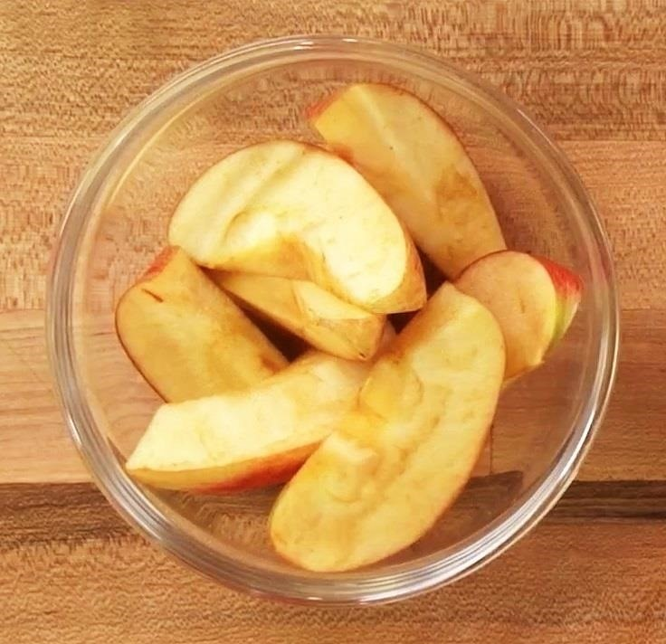 Browning Prevention: This Food Hack Keeps Sliced Fruits & Veggies Fresh & Bright for a Full Day