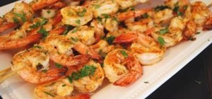 Make a grilled chili garlic prawns with an Asian salad