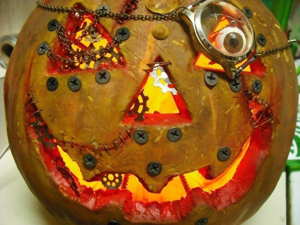 Steampunk Your Halloween with These Creepy Steampunk Decorations