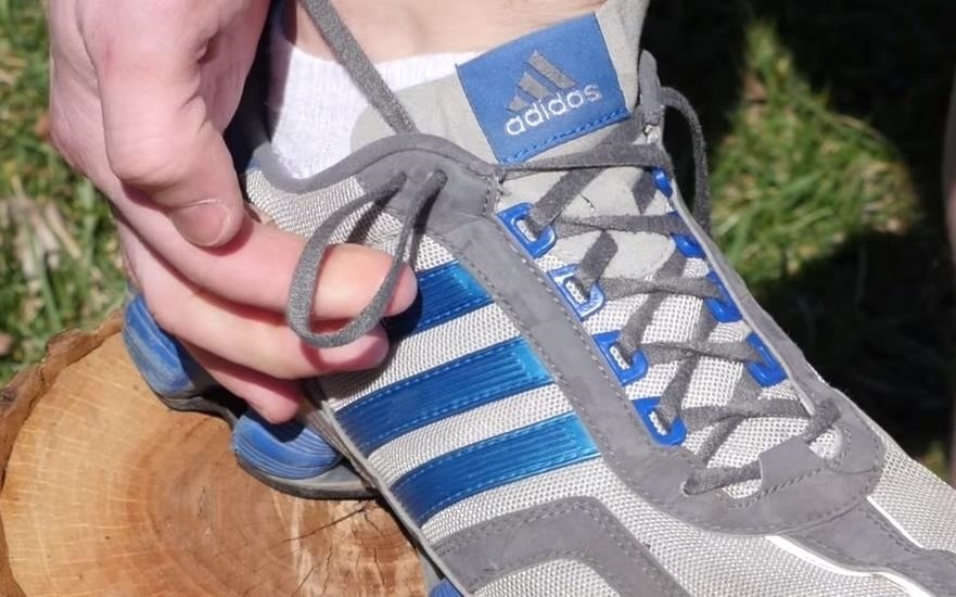 You're Tying Your Shoes Wrong—Here's How to Lace Them for Hurt-Free Feet
