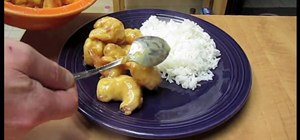 Make Chinese-style walnut shrimp