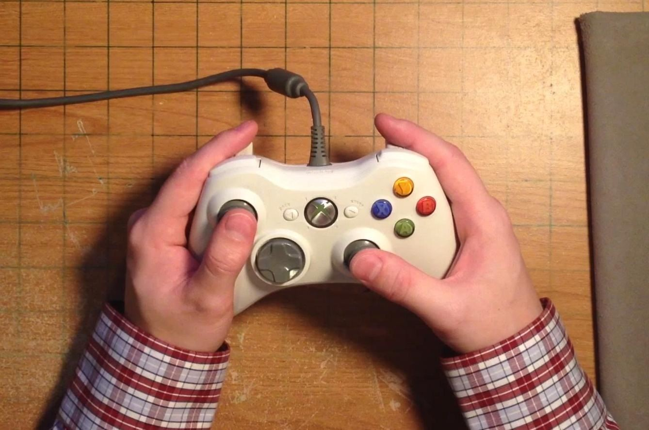 How to Mod Your Xbox 360 Controller to Fit Your Really Tiny Hands
