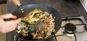Make chicken chow mein in 5 minutes