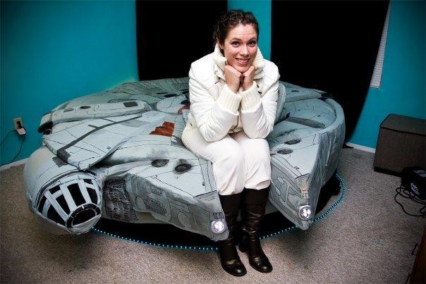 Bedtime... Millenium Falcon Style