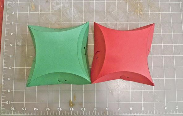 How to Make Yin-Yang Pillow Boxes