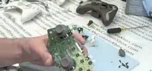Disassemble an XBOX 360 controller