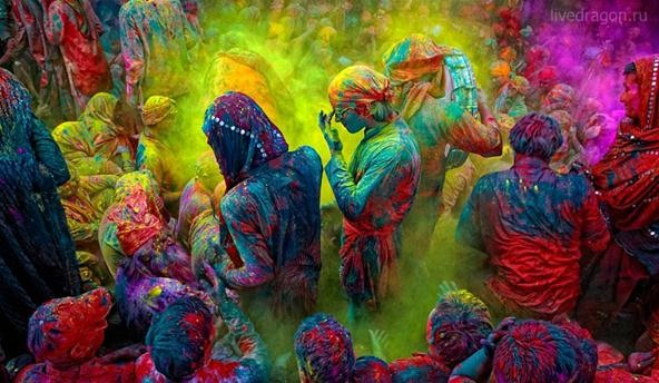 WTForeign Fridays: 9 Crazy Festivals from Around the Globe