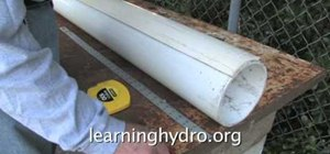 Easily make a hydroponic garden using a pvc pipe