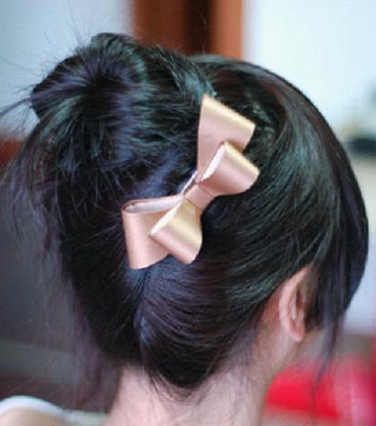 Peachy How To Put Your Hair Up In A Cute Bun Hairstyling Short Hairstyles Gunalazisus