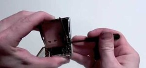 Take apart an iPod Nano 3rd generation for repair