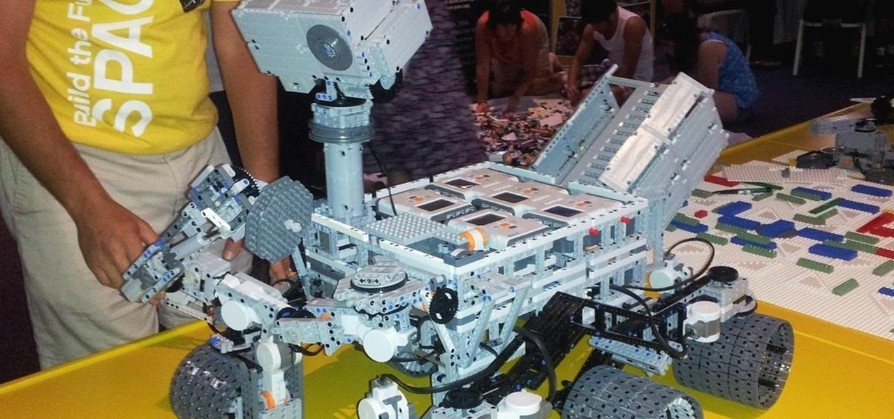 NASA's Curiosity Just Got Bricked! Working LEGO Mars Rover Ready for Exploration
