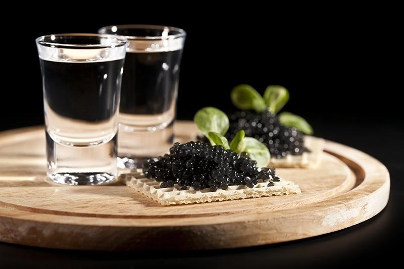 How to make crappy cheap vodka taste like the good stuff food hacks daily - What to do with cheap vodka ...