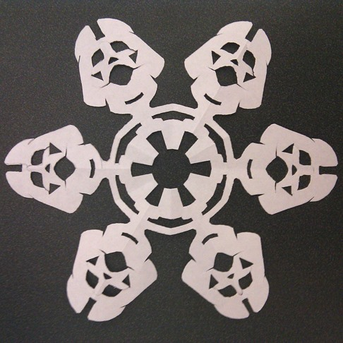 HowTo: Make Your Own Star Wars Snowflakes