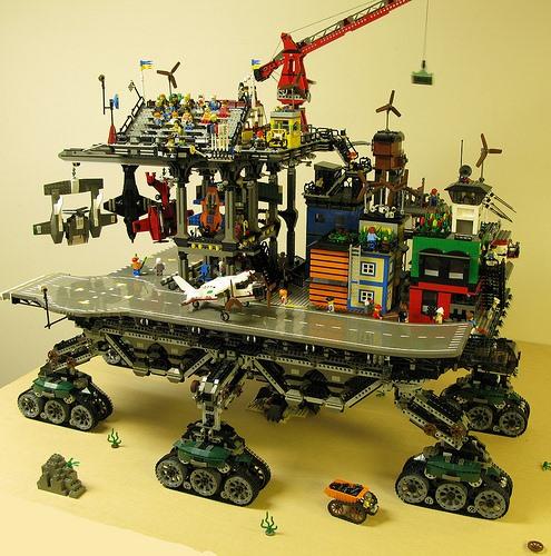 Insane Eco-Punk LEGO Crawler Town