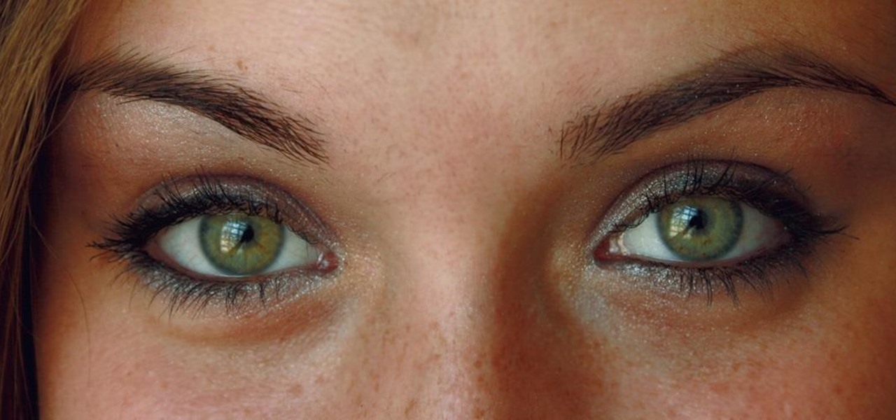 Bacterial Bugs in Your Eyes Help Fend Off Infection