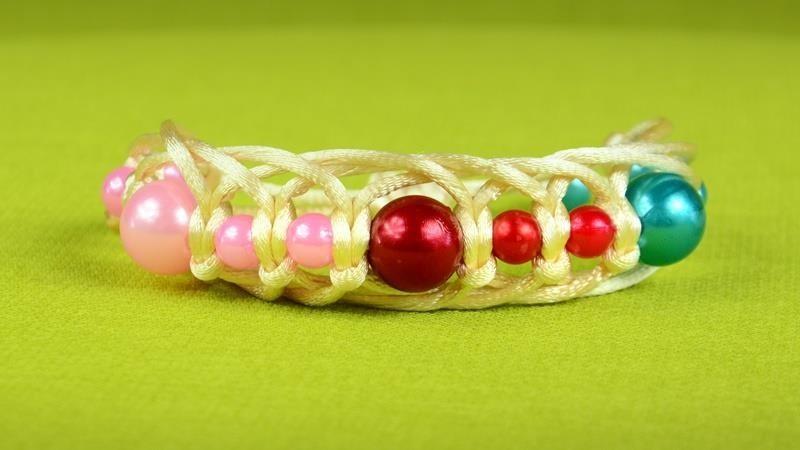 DIY Easy & Fast Beaded Bracelet