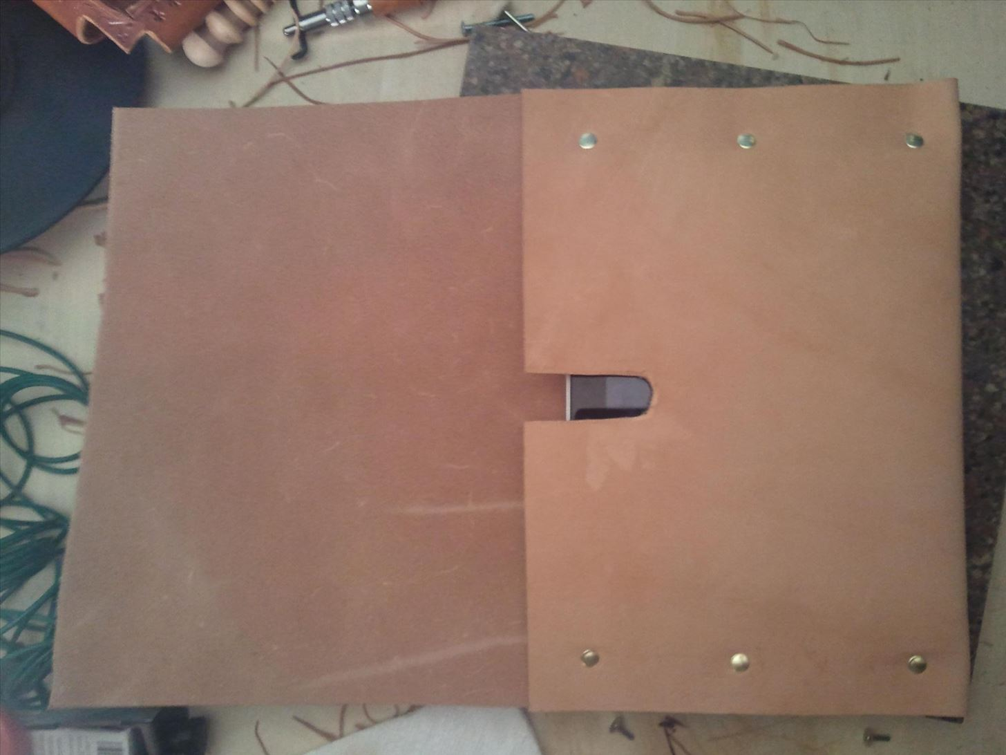 How to Make a Super-Simple Steampunk iPad Case Out of Leather