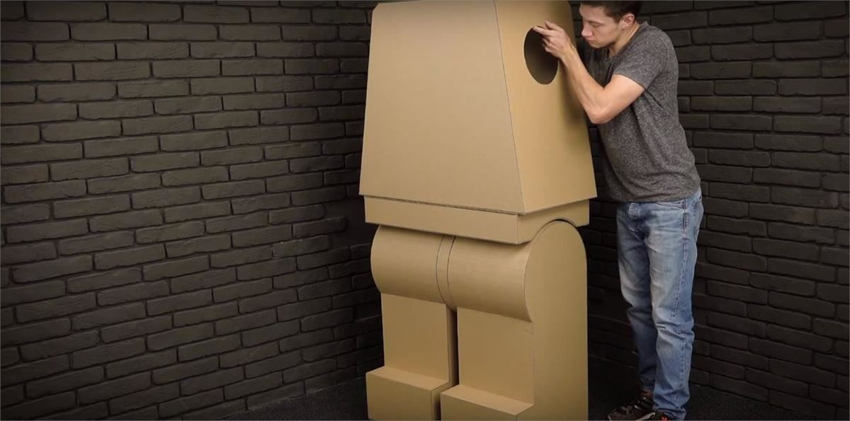How to Build a LEGO Man Costume for Halloween
