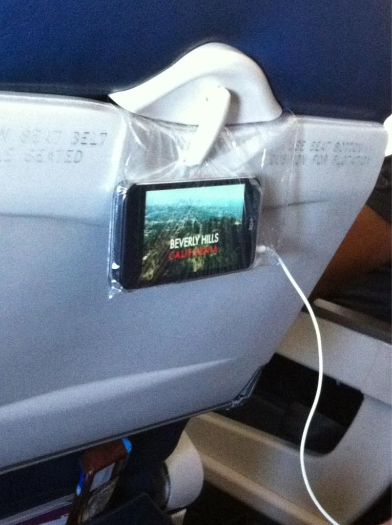 3 Easy In-Flight Hacks for Hands-Free Movie Watching on Your