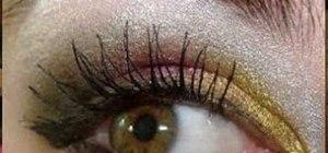 Create a Christmas eye makeup look