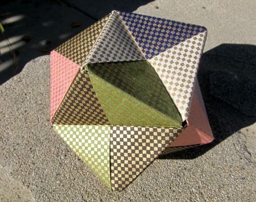 An Octahedron Made with Sonobe Units
