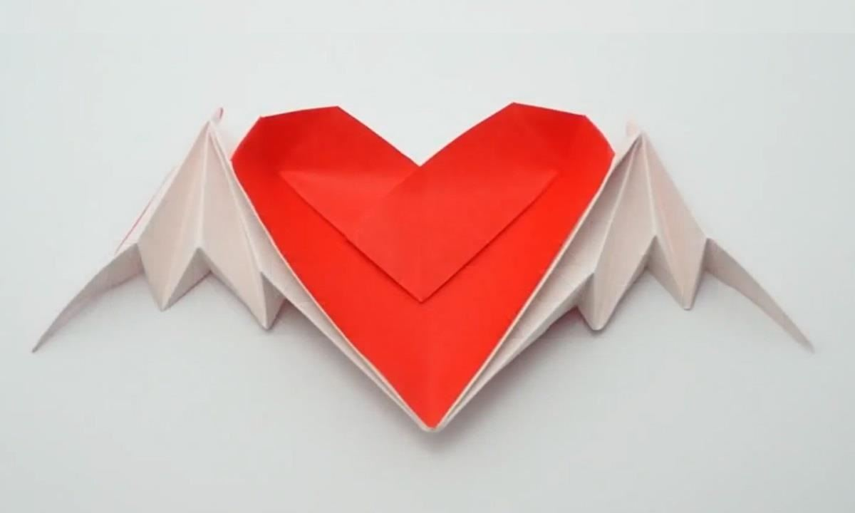 Winged Heart Origami Money