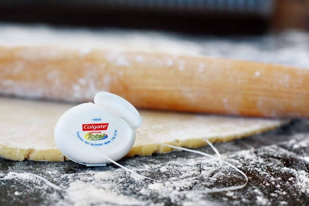 Food Flossing: 5 Clever Dental Floss Hacks for Your Kitchen