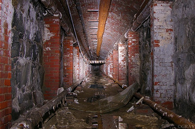 Fictional and Documentary Films with Urban Exploration