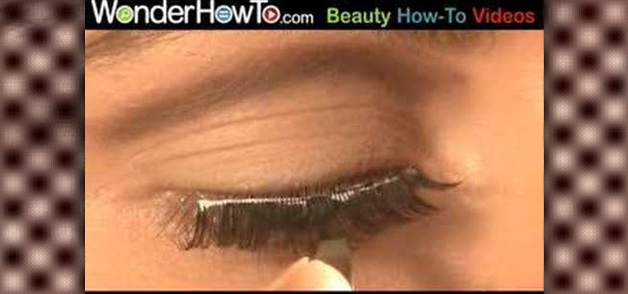 How to Put on false eyelashes � Makeup