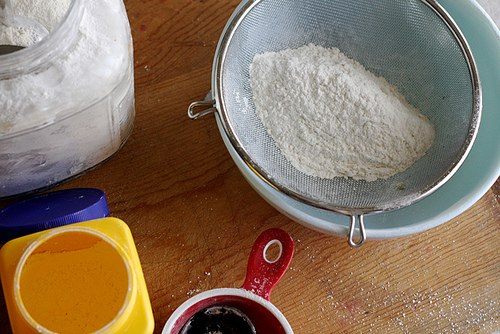 how to make sifted cake flour