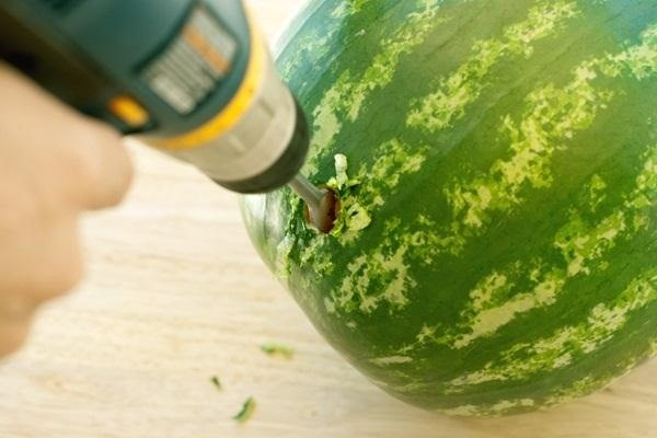 How to Turn a Watermelon into a Keg—The Perfect Summertime Drink Dispenser