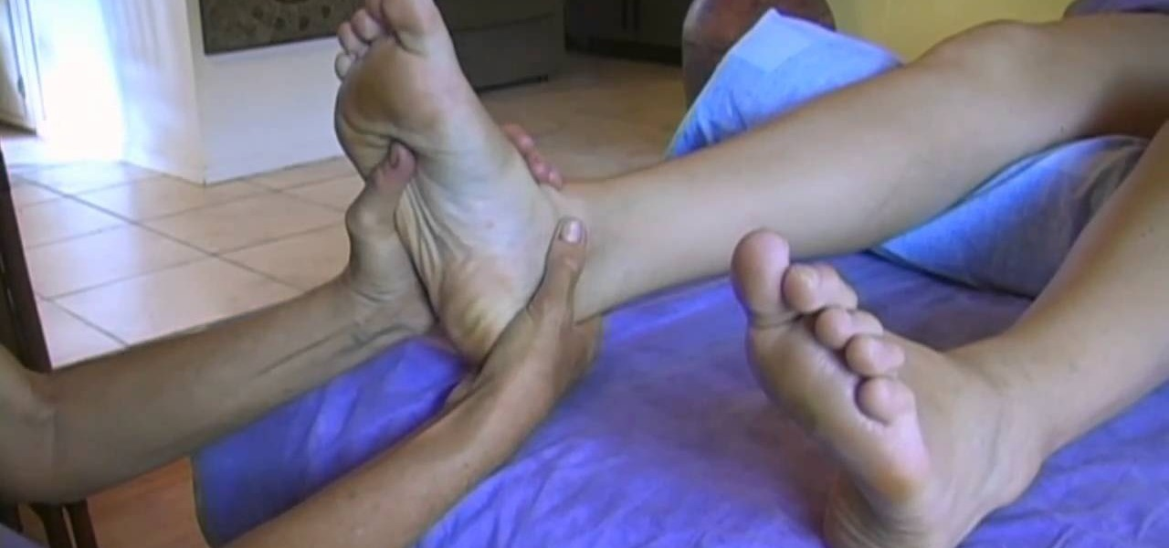 How To Massage The Feet When Giving A Full-Body Massage -2770