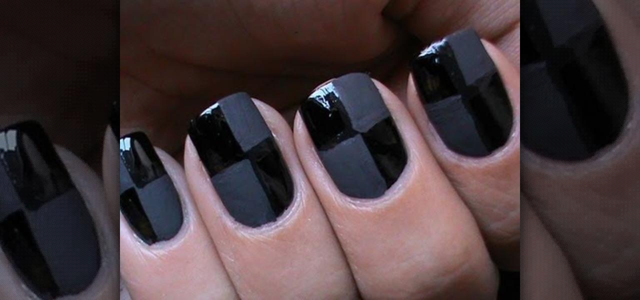 Do Matte Checkered Nails