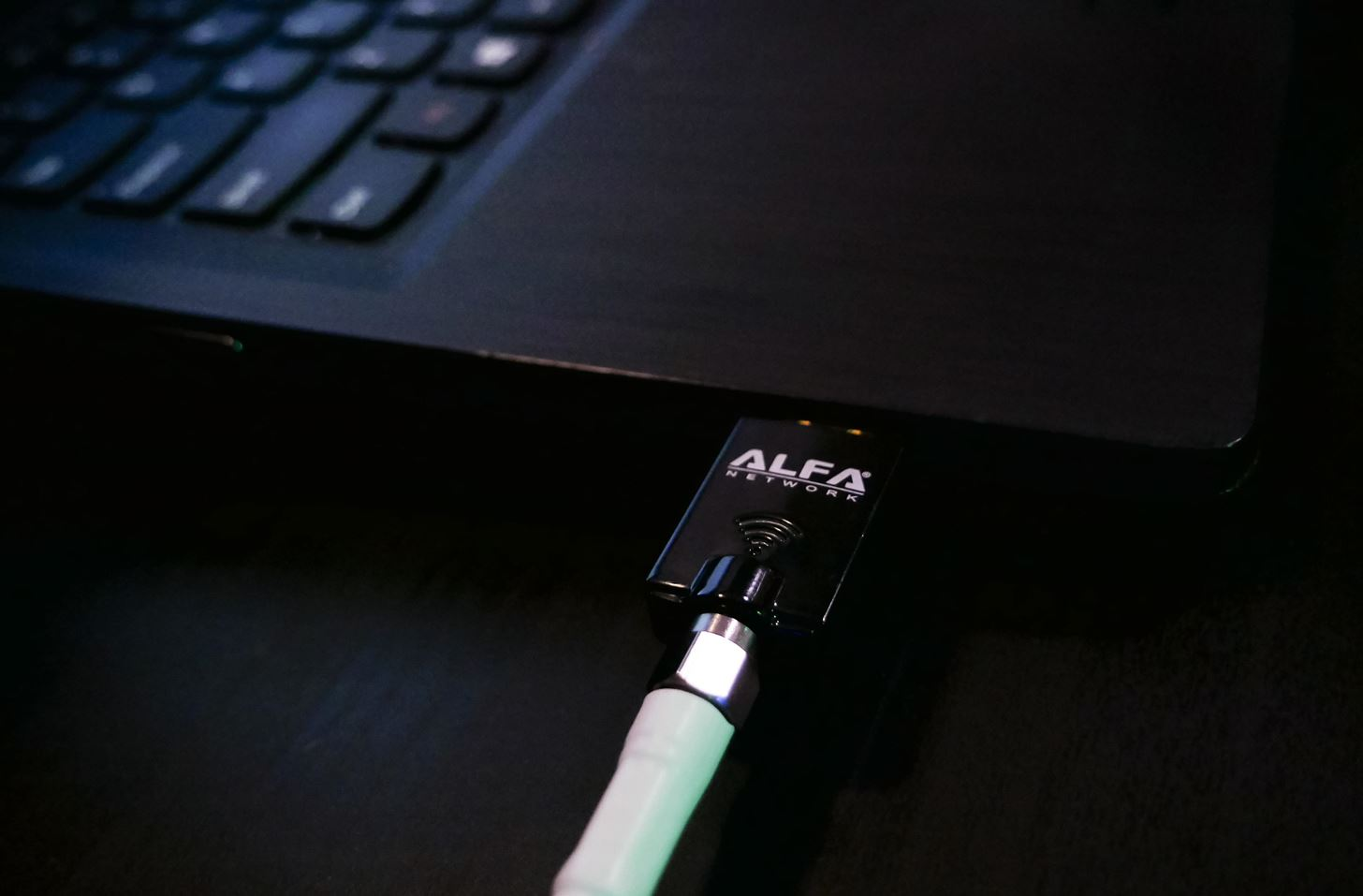 How to Hack 5 GHz Wi-Fi Networks with an Alfa Wi-Fi Adapter
