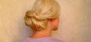 Give yourself a glamorous hairstyle in five minutes