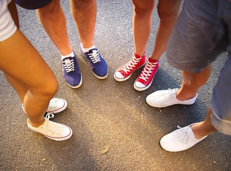 Feet Don't Lie: Look Down to Tell What Others Are Really Thinking