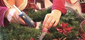 Make a giant holiday wreath for Christmas